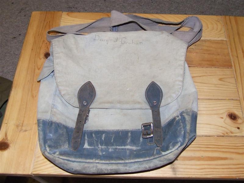 "RCAF ""Victory"" Bag 2005_022"