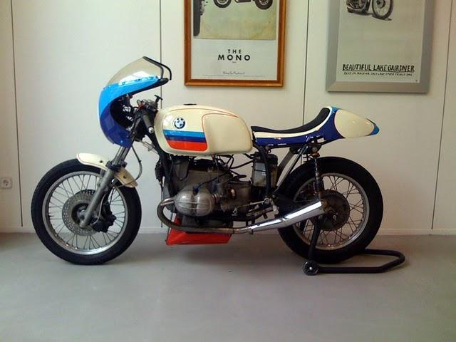 C'est ici qu'on met les bien molles....BMW Café Racer - Page 6 20662210