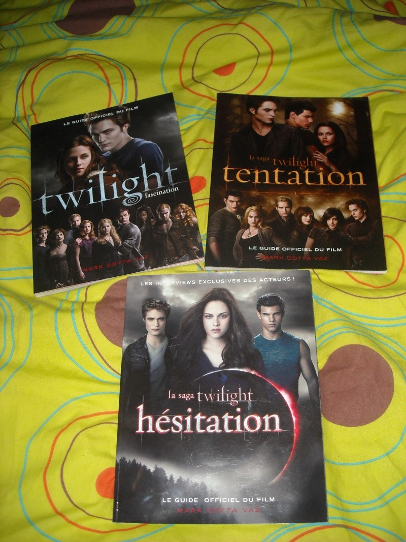 [Saga Twilight] Votre collection en photos - Page 5 Dscn0410