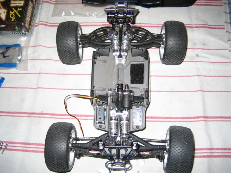 E-revo Cedleonr Photo/video modifs du 7/06 Chassis Carbon - Page 6 Img_3222