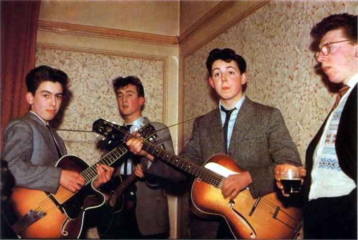 Rare Photos of Famous People Beatle10
