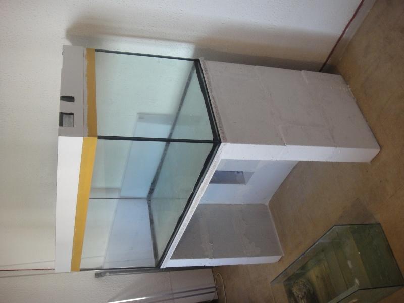 fabrication meuble aquarium siporex  Dsc01517