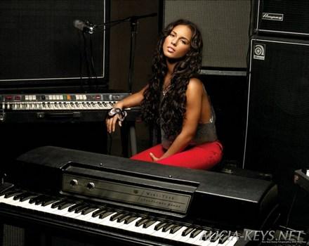 Alicia Keys Alicia10