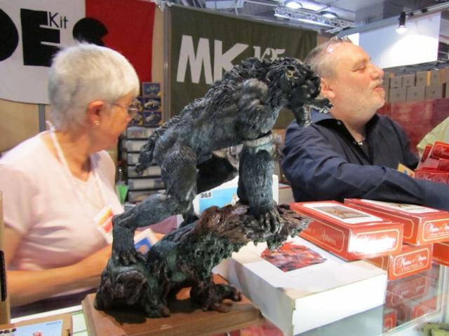 Transformation d'un loup-garou en bête plus agressive !!!! Img_1125