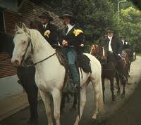 Mariages a Cheval.  Images10