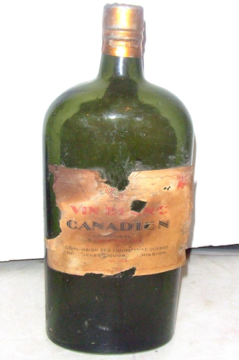 Bouteille trouvée dans un logement Vin10