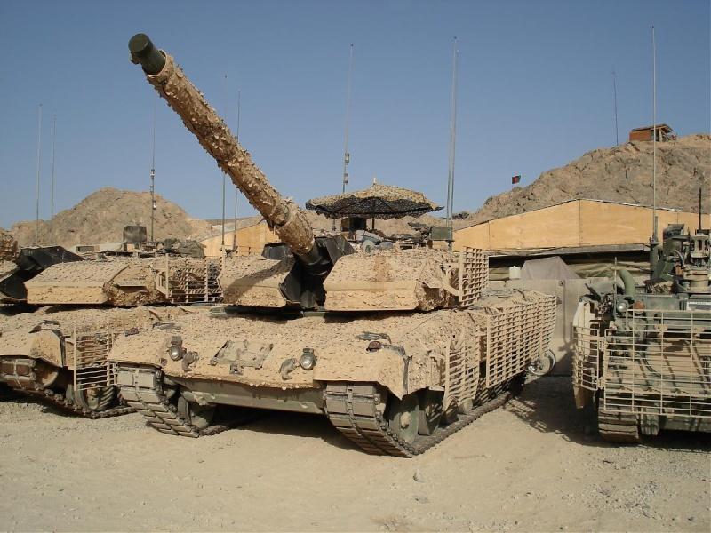 Leopard 2A6M CAN Dsc00010