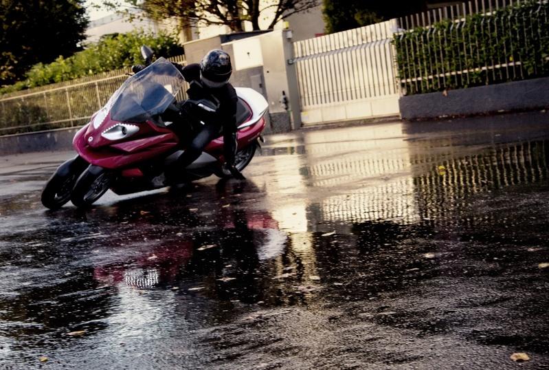 Quadro : Un scooter à 4 roues présenté à Milan  - Page 5 4d_dyn11