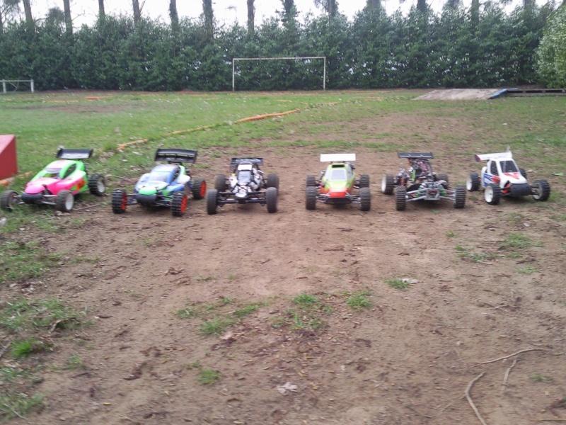 photos de quelques voitures du terrain  Photo014