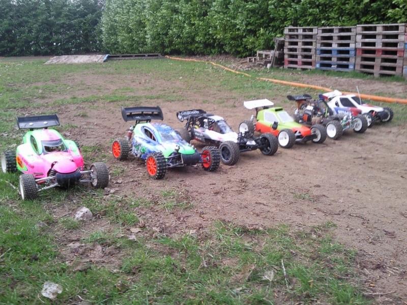 photos de quelques voitures du terrain  Photo015