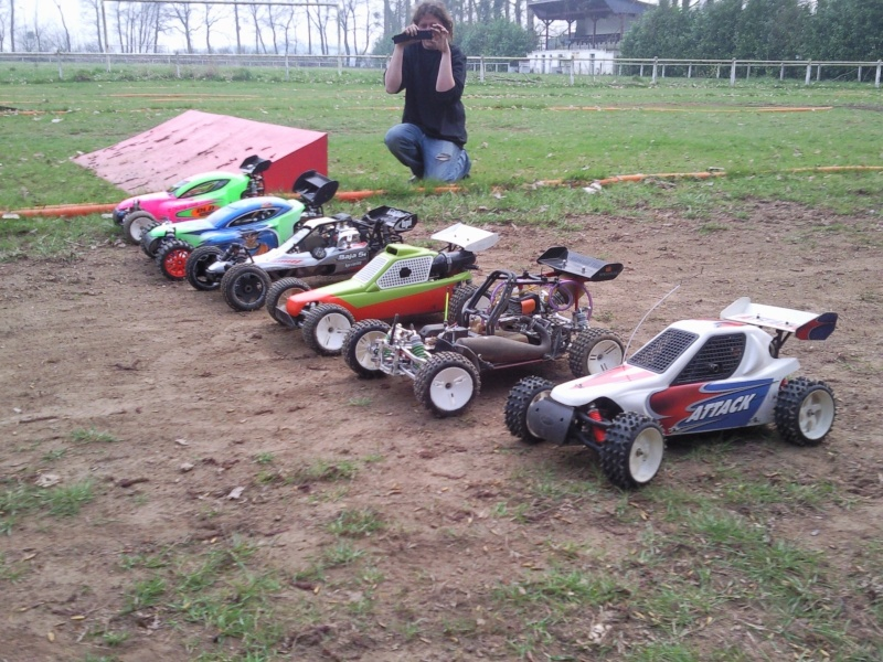 photos de quelques voitures du terrain  Photo016