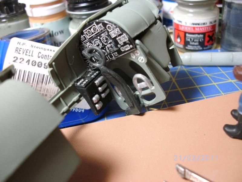 Spitfire Mk.22/24 in 1:32 von Revell Pictco12
