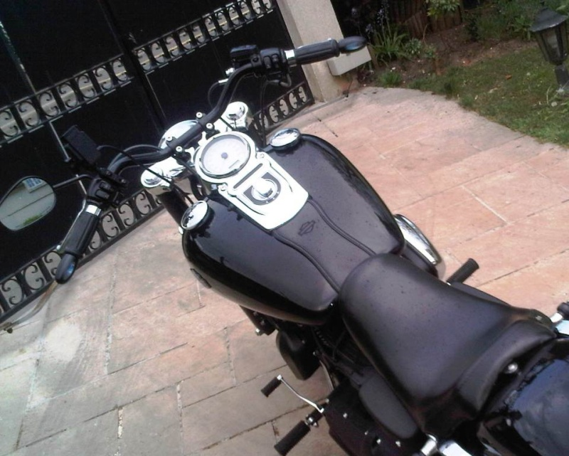 remplacement guidon fat bob - Page 6 Img00813