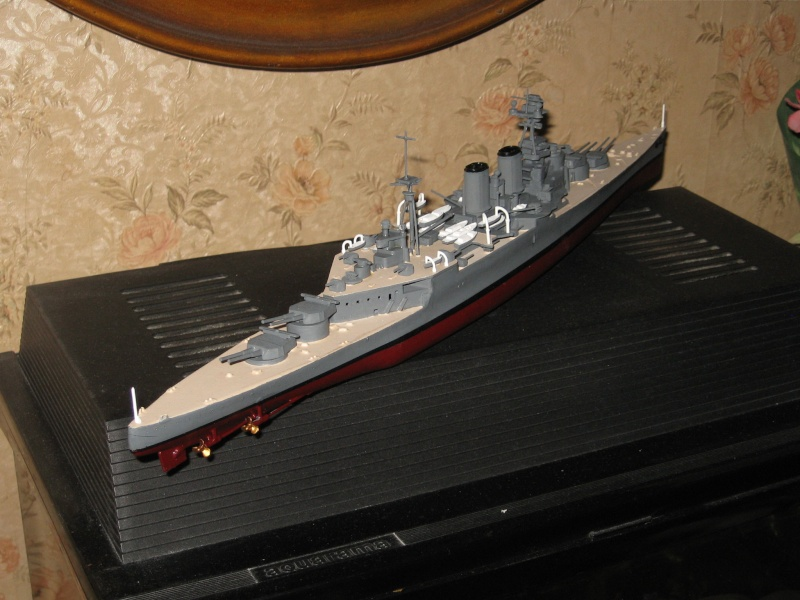 HMS Hood & DKM Bismarck Airfix au 1/600 Img_2612