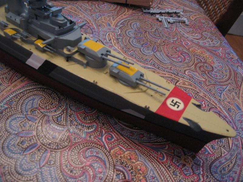 HMS Hood & DKM Bismarck Airfix au 1/600 Img_2616