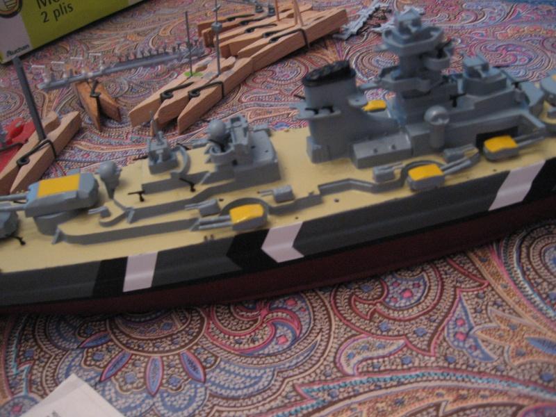 HMS Hood & DKM Bismarck Airfix au 1/600 Img_2617