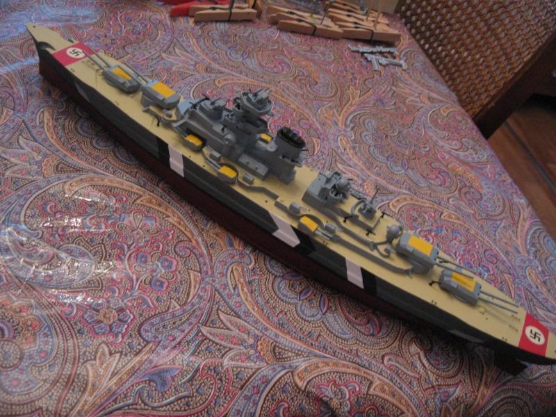 HMS Hood & DKM Bismarck Airfix au 1/600 Img_2619