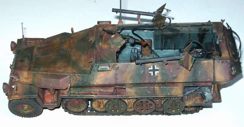 SD KFZ 251/16 Ausf C   1/35  Sd160110