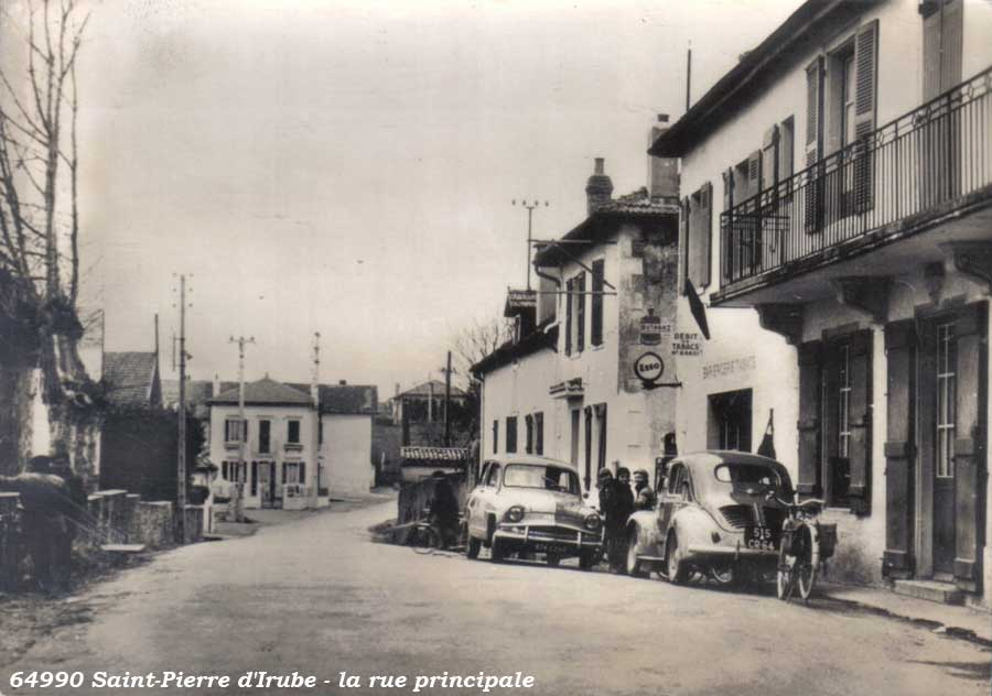 Des photos d'époque de Concessions Mercedes-Benz - Page 27 Statio42