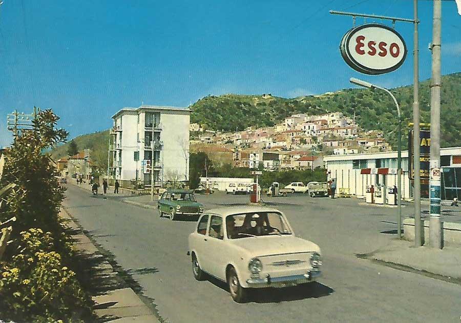 Des photos d'époque de Concessions Mercedes-Benz - Page 27 Statio53