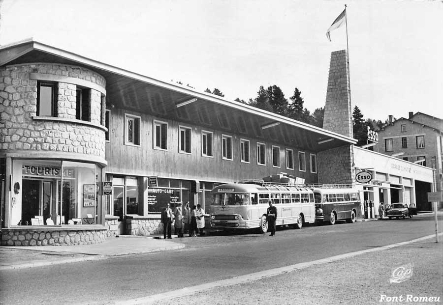 Des photos d'époque de Concessions Mercedes-Benz partie 1 - Page 28 Statio63