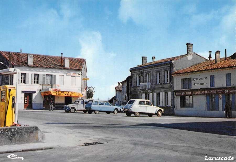 Des photos d'époque de Concessions Mercedes-Benz partie 1 - Page 28 Statio65