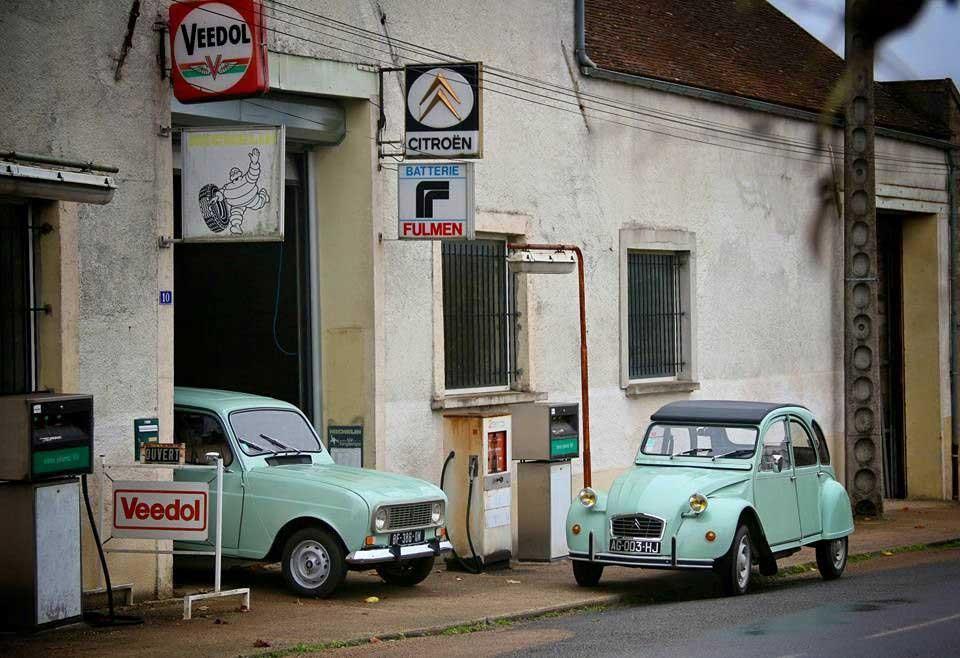 Des photos d'époque de Concessions Mercedes-Benz partie 1 - Page 28 Statio66