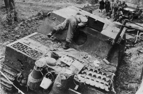 Sturmtiger 1/35 (Tamiya) - Page 3 1001ob10