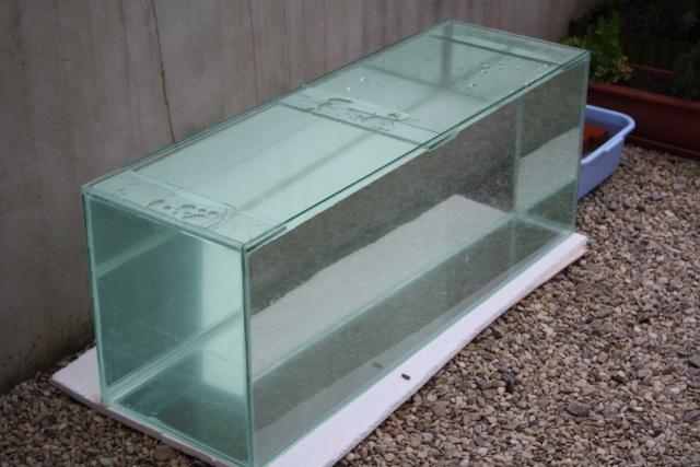 batterie d'aquarium Img_1010