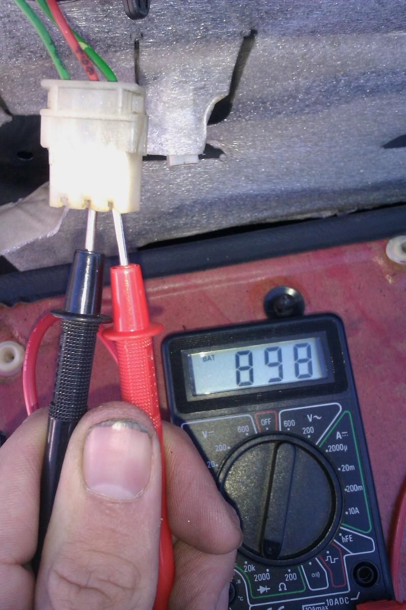 Schémas centralisation / éclairage plafonnier (405 phase II) Imag0212