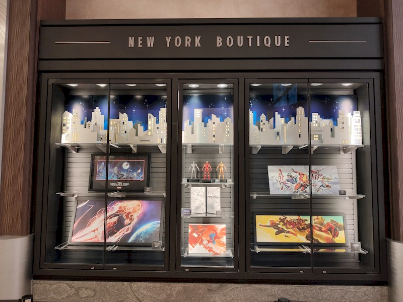 Disney's Hotel New York - The Art of Marvel [2021] - Page 39 Boutiq11