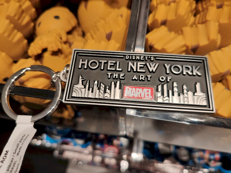 Disney's Hotel New York - The Art of Marvel [2021] - Page 39 Boutiq12