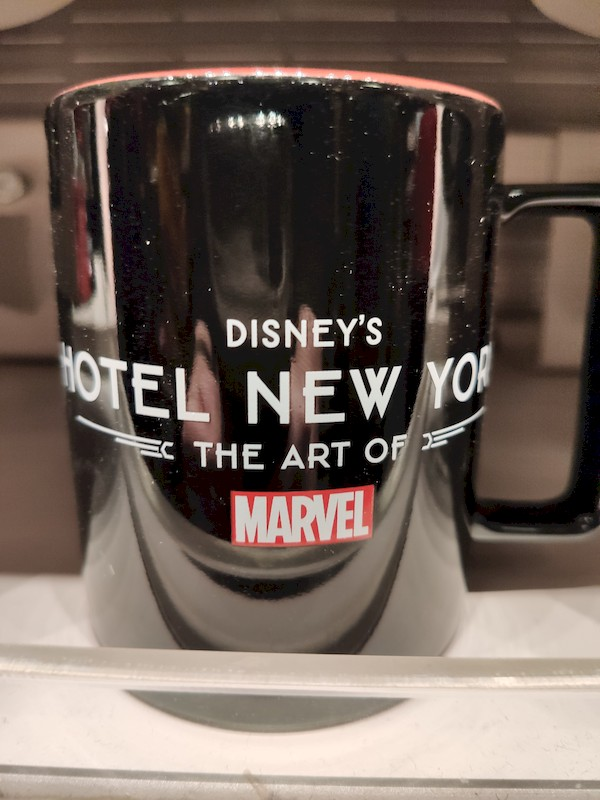 Disney's Hotel New York - The Art of Marvel [2021] - Page 39 Boutiq16