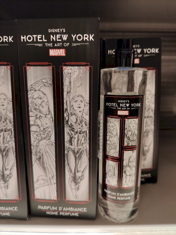 Disney's Hotel New York - The Art of Marvel [2021] - Page 39 Boutiq17
