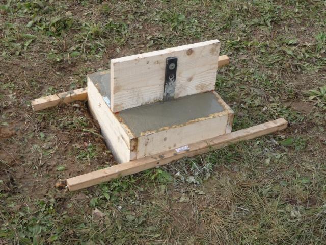 ABRI-BOX 9m x 3m - pour chevaux - Page 2 Beton_12