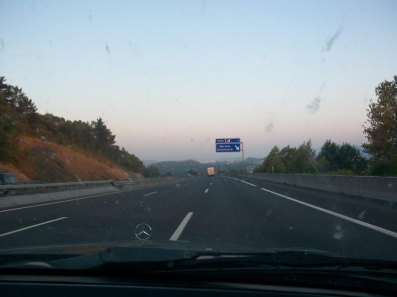En route vers le sahara, avec ma Mercedes!  100_2923