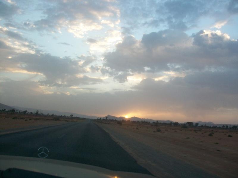 En route vers le sahara, avec ma Mercedes!  - Page 4 100_4410