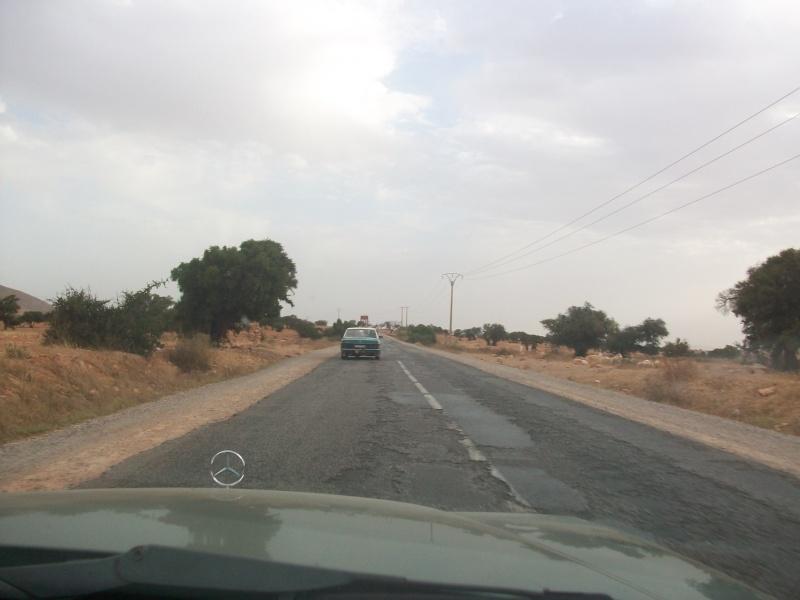 En route vers le sahara, avec ma Mercedes!  - Page 4 100_4422