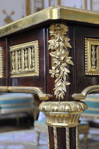Le bureau de Marie-Antoinette Bureau12
