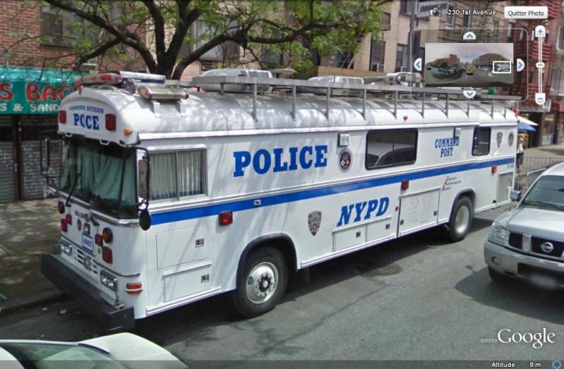 STREET VIEW : véhicules de police du monde - Page 6 Voitur10