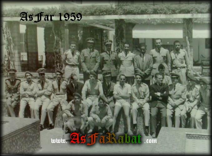 [Archives] Photos des Equipes du grand Far - Page 5 Sans_t14