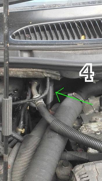 Fuite de liquide refroidissement, changement pompe a eau 2.5Td 1997 Img_2015