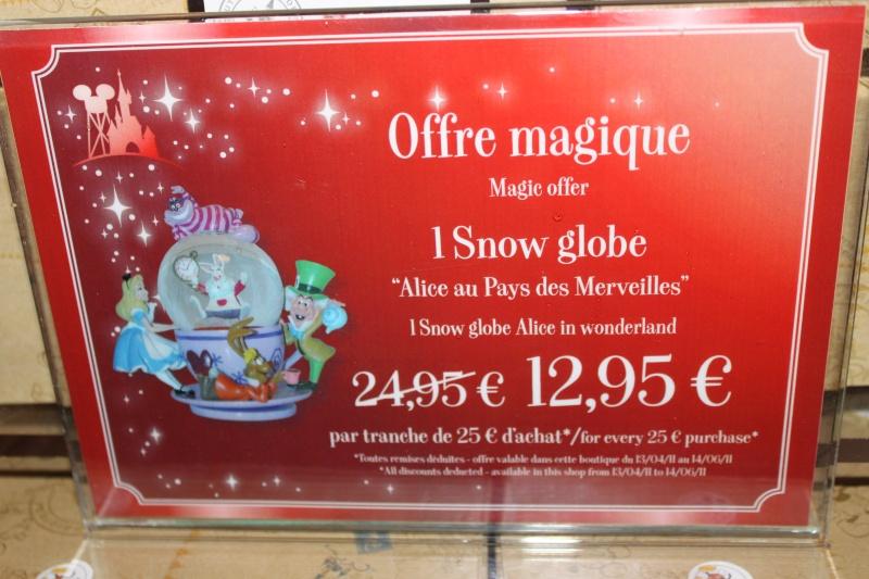 Snowglobe Disney13