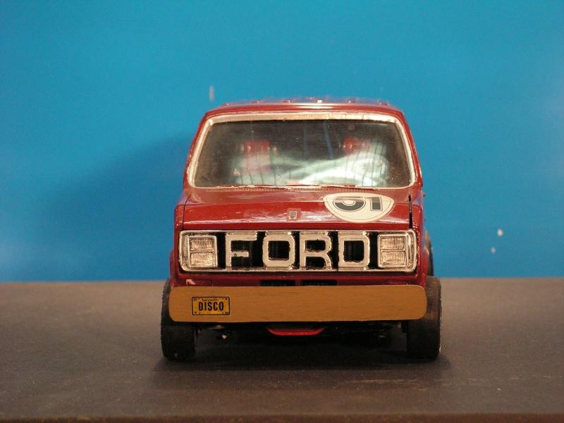 Ford Van von AMT in 1:25 Ford_v10