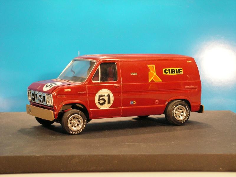 Ford Van von AMT in 1:25 Ford_v11