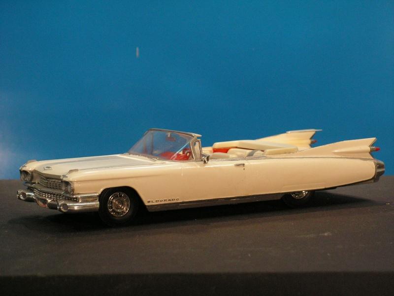 Cadillac Eldorado Modell 1959 von ? in 1:32  Pict2511