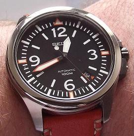 flieger - Une montre type Flieger pour 600€ max (vos avis?) - Page 4 Sans_t10
