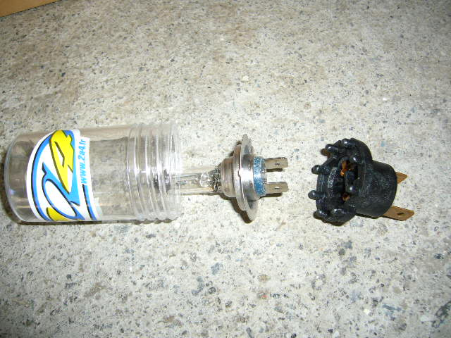 adaptateur lampe h7 P1020911