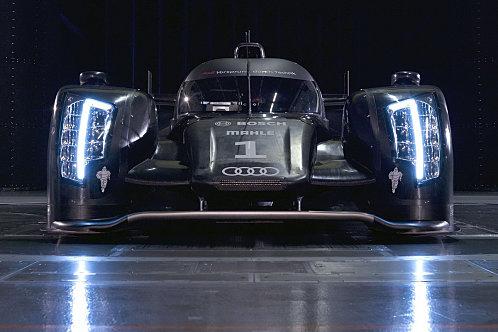 photos nouveaute 2011 et auto d'excepion  Audi-r11