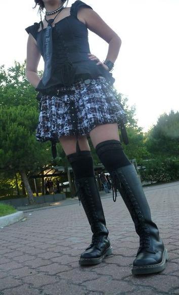 Votre tenue de combat, c'est quoi ? Parlons chiffons !  - Page 2 Japan_10